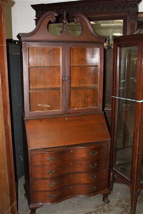 governor winthrop desk governor winthrop desk with serpentine front