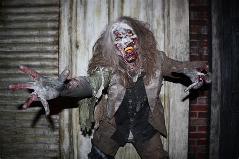 house of torment help wanted house of torment now hiring ghouls