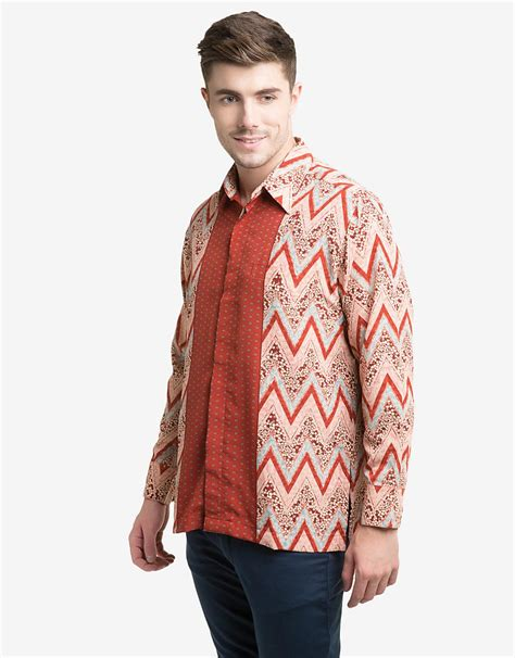 Kemeja Batik Lengan Panjang Semi Sutera Doby 2 arjuna weda kemeja batik lengan panjang oranye