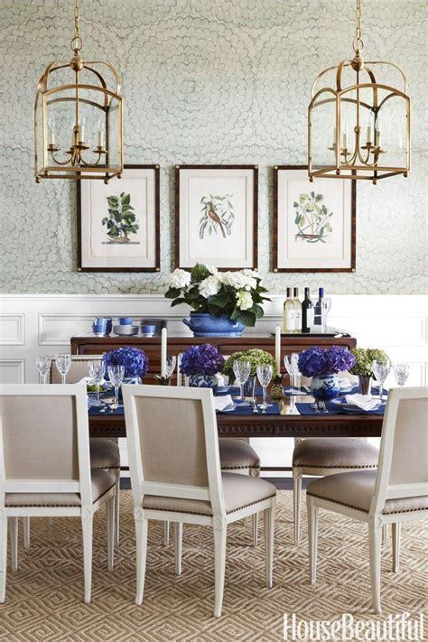 Wallpaper dining