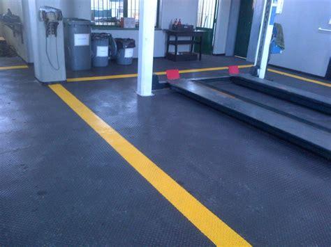 Pvc Boden Garage by Bodenbelag Garage Swalif