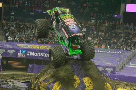 monster truck jam columbus ohio columbus ohio monster jam 7 30pm 1 4 14 allmonster