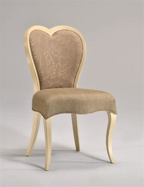 Virtual Design A Bathroom classic beech chair heart shaped backrest idfdesign