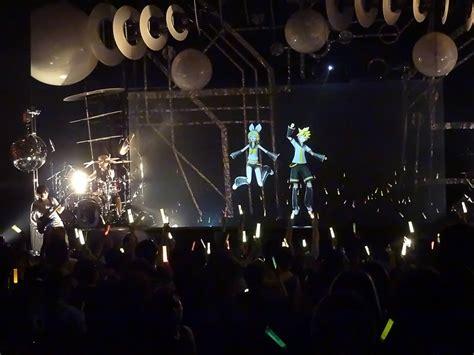 Boneka Miku Concert Vocaloid the o network miku expo concert in san francisco