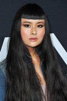 haircuts that give you an instant facelift refinery29 1000 images about 01瀏海設計 凸型 on pinterest bangs colored