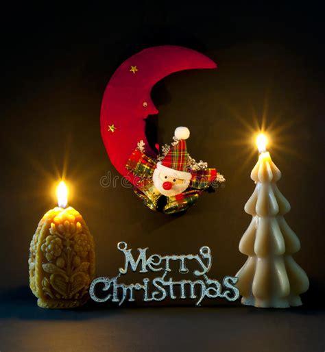 immagini candele natale decorazioni le decorazioni di natale si sono illuminate dalle candele