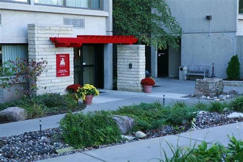 Garden Inn Ames Iowa by Gateway Hotel And Conference Center In Ames Ia Swimming