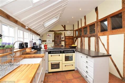 Paul S Kitchen by Paul Puts 13th Century Home Up For Sale For 163 795k Daily Mail
