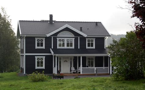 eksjöhus erfahrungen svarta hus s 246 k p 229 stugan fasader