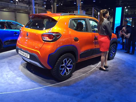 renault kwid boot renault kwid climber rear three quarters at auto expo 2016