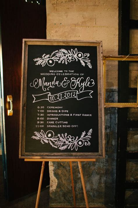 painting chalkboard signs 25 best ideas about wedding chalk on