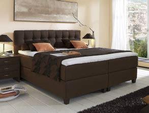 Komplett Betten Günstig by Erstaunlich Betten Komplett 180x200 G 252 Nstig Bett Gunstige