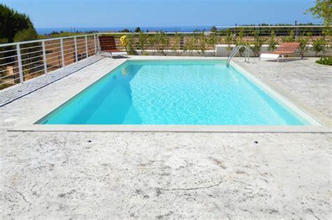 pavimento terrazza piscina su terrazza in puglia nelle citt di lecce bari