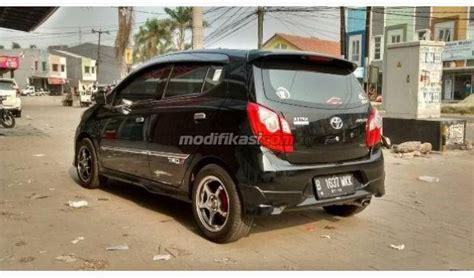 Bantal Sandar Mobil Toyota Agya 2014 toyota agya trd s manual hitam