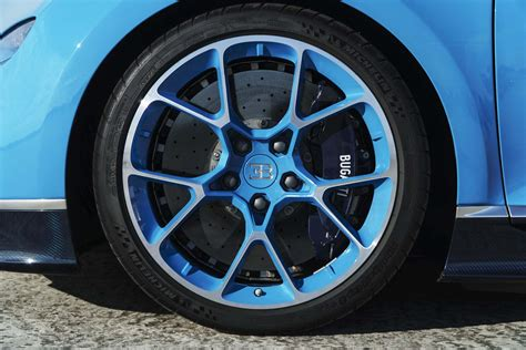 bugatti wheels black magic what really enables the bugatti chiron to hit