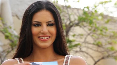 bollywood heroine photo download hindi movie heroine sunny leone photo hd wallpapers