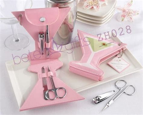 Souvenir Pernikahan Manicure Set free shipping 50box pink polka dot purse manicure set doorgift and wedding favor and favor