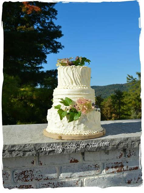 Pets Barn Rustic Wedding Cakes For That Homespun Feeling