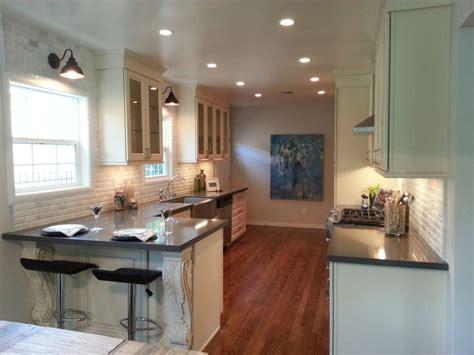 antique white kitchen cabinets with quartz countertops amazing white kitchen antique white cabinets jeffrey