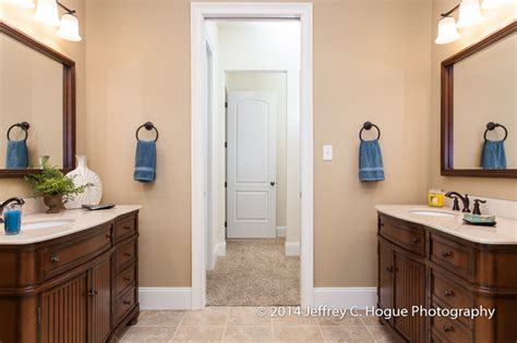 Bathroom With Two Separate Vanities by Master Bathroom W His And Hers Separate Vanities