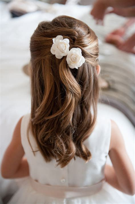 easy girls hairdo 18 cutest flower girl ideas for your wedding day