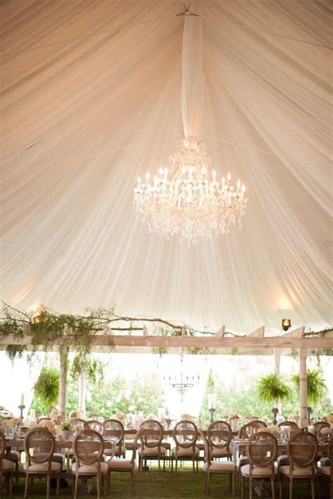 Wedding Chandeliers Wedding Tents A Fresh Idea For Summer Celebrations