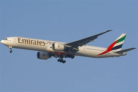emirates airline wikipedia oukas info file boeing 777 36n er emirates an1263939 jpg wikimedia