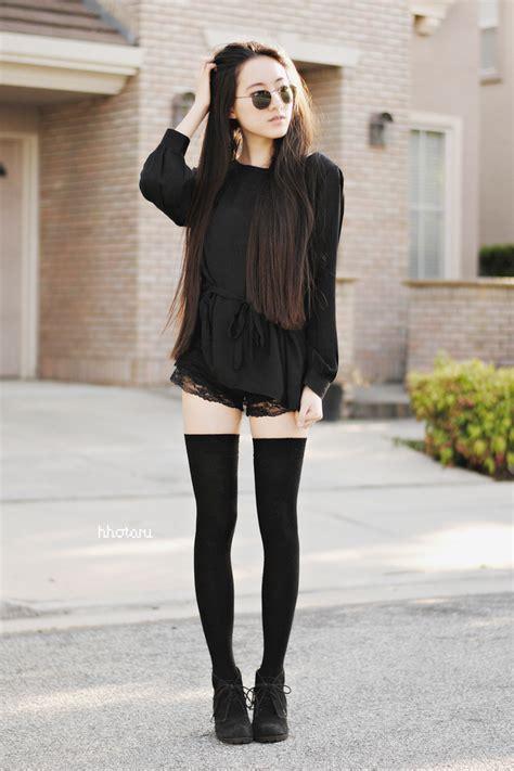 imagenes de faldas escolares thigh high socks thumbnail 3