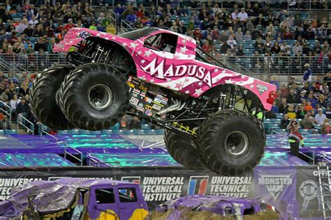 jacksonville monster truck jacksonville florida monster jam february 22 2014