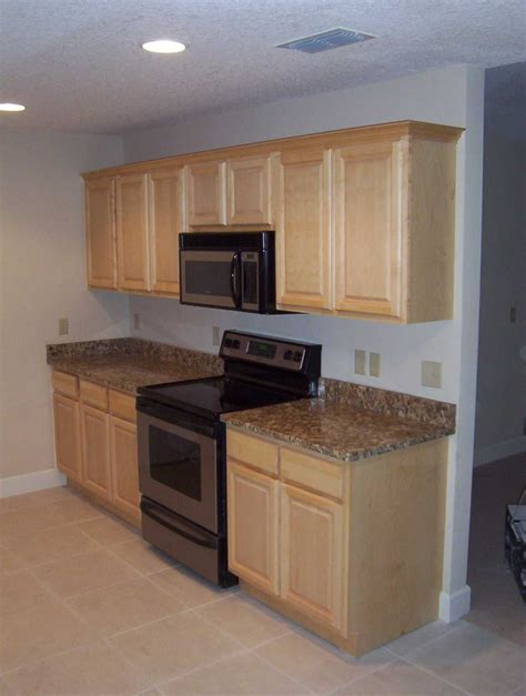 how to finish cabinets pictures of kitchens with maple cabinets