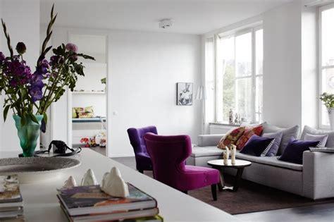 what is living room decor file purple fusha pinkがさし色のアパートメント