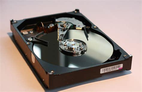 Hdd Komputer tips meminimalisir kerusakan pada hardisk komputer segiempat