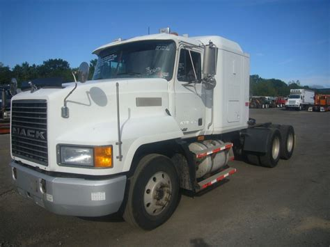 Mack Sleeper Cab For Sale by 1999 Mack Ch613 Tandem Axle Sleeper Cab Tractor For Sale