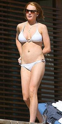 Get The Look Lindsay Lohans Bahama Bikinis by Lindsay Lohan March 2004 January 2009 Page 1431