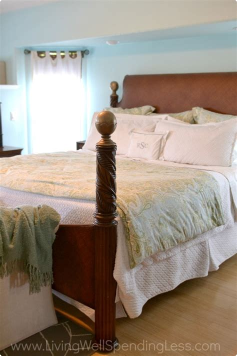 tips for the bedroom how to clean your bedroom room cleaning tips