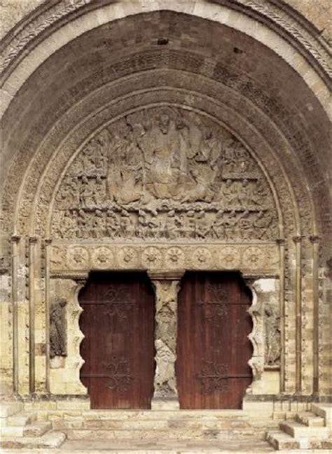 history of interior design 1 romanesque romanesque architecture