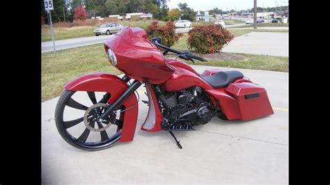 custom cycles    big wheel road glide bagger
