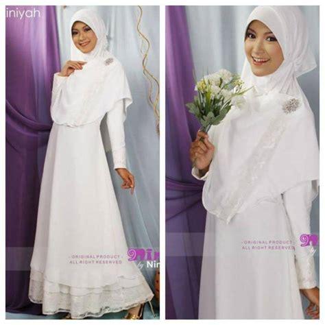 Setelan Kebaya Batwing Brokat Cape Silver 34 inspirasi model busana pernikahan muslim terkini