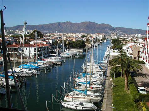 Espagne : Duplex Forfaits 2 sem EMPURIABRAVA Baie de Rosas Catalogne 930178 Abritel