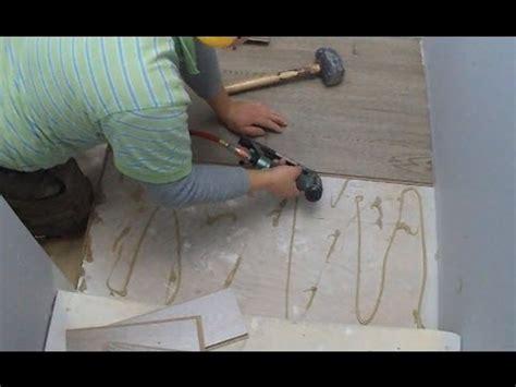 How To Installing Laminate Flooring on Stair Landing Tips