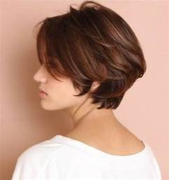 center part bob hairstyle 10 chic short bob haircuts that balance your face shape