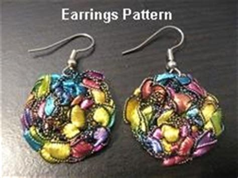 yarn earrings pattern crocheted trellis yarn dangle earrings pattern emailed