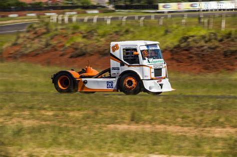 imagens dos treinos de r 233 gis boessio para a f truck 2015