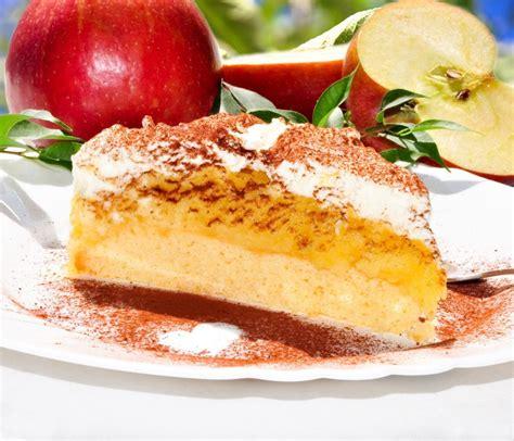 kuchen und so kuchen mit apfelmus und sahne bilder kuchen mit apfelmus