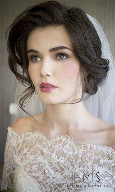 vintage wedding hair and makeup different hairstyle with the makeup in vintage style