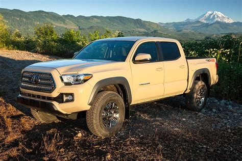 2016 toyota tacoma trd 2016 toyota tacoma trd off road first drive digital trends