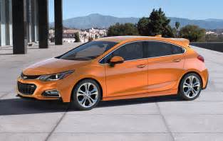 sporty 2017 chevrolet cruze hatch revealed performancedrive