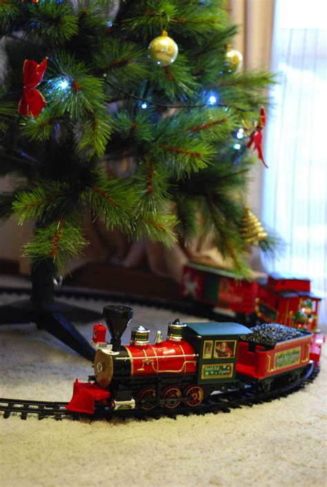 christmas trains for under the tree migrant express