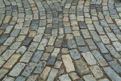 mat to pavement lessons from that can make you a better runner books 25 best ideas about cobblestone pavers on