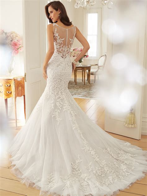 tulle wedding dress with dropped waist